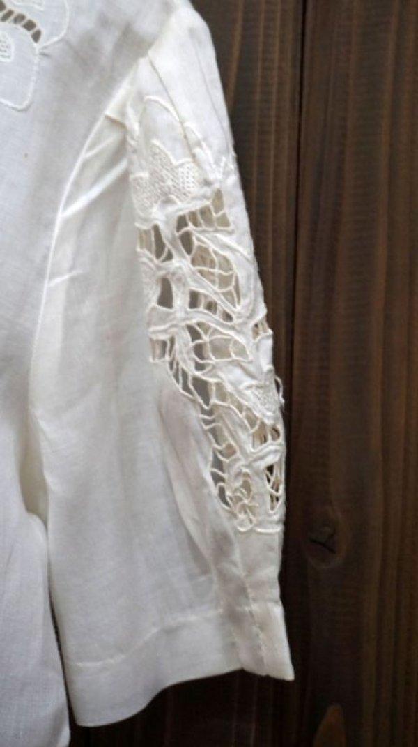 画像4: 無地 白 半袖 ブラウス 麻 ノーカラー 刺繍 レース[11147]