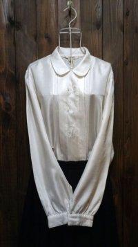白 長袖ブラウス リボンモチーフ 刺繍 比翼 丸襟[15476]