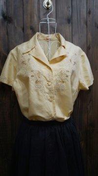 無地 シルク 半袖ブラウス オープンカラー刺繍 [11469]