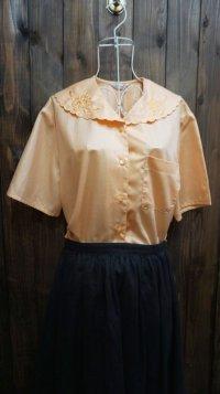 オレンジ系 半袖ブラウス スカラップカラー [11497]