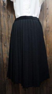 無地 黒 プリーツ スカート/w63cm [41737]