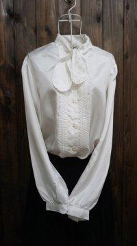 白 長袖 ブラウス ボウタイカラー 刺繍 スカラップ[15880]