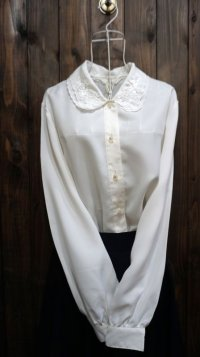 白 長袖 ブラウス 丸襟 二重襟 刺繍[15896]