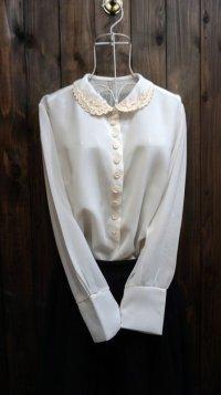 無地 白 長袖 ブラウス お花刺繍[15957]