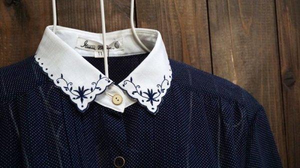 画像3: ドット柄 ネイビー 半袖 ブラウス スカラップカラー 刺繍[11665]