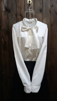 白 長袖 ブラウス ボウタイカラー 刺繍[15985]