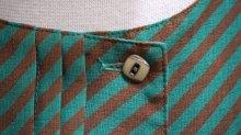 他の写真1: バイアス柄 グリーン×ブラウン 半袖 レトロワンピース ノーカラー[52890]