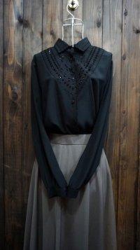 ブラック ブラウス 刺繍 [16042]