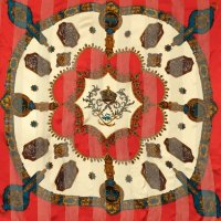装飾絵模様 エンブレム 赤系 シルク スカーフ 85cm×85cm[0540]