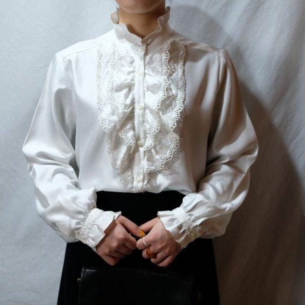 画像2: 白 無地 長袖 ブラウス スタンドカラー フリルカラー [16487]
