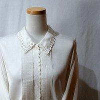 無地 白 長袖 ブラウス レギュラーカラー 刺繍 [16546]