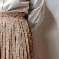 花柄 ベージュ系 スカート プリーツ /w62cm[42274]